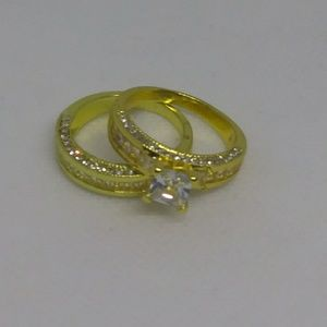 Woman's 2 Pic Ring Size 9
